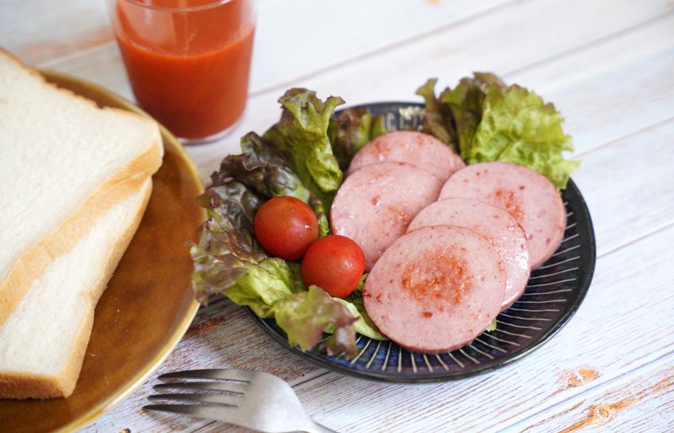 JAPAN X,ジャパンエックス,ポークソーセージ,ソーセージ,300g,大きいソーセージ,朝ご飯,お弁当のおかずにも,朝ごはん,サンドイッチ,サンドウィッチ